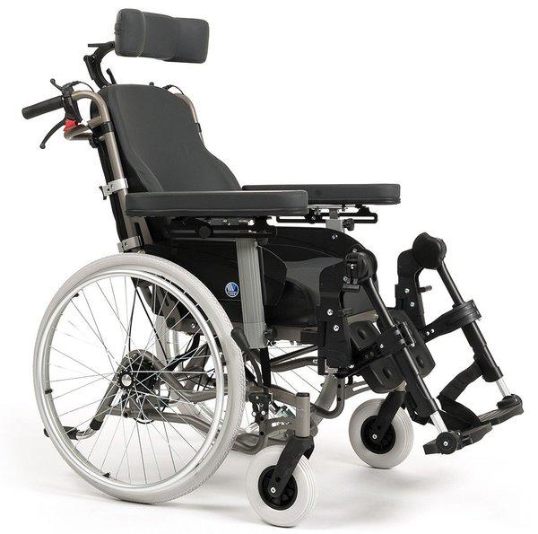 Кресло-коляска для передвижения дома и на улице Vermeiren Inovys II