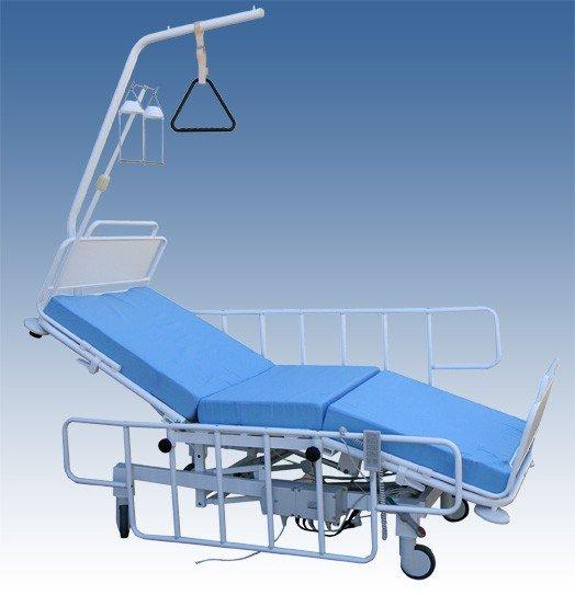 Кровать медицинская многофункциональная трехсекционная КММэ с электроприводом